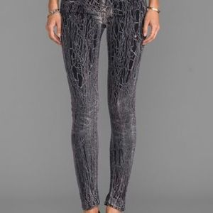 Mother The Looker Graphite Dye Jeans in Breaking Point Size 29